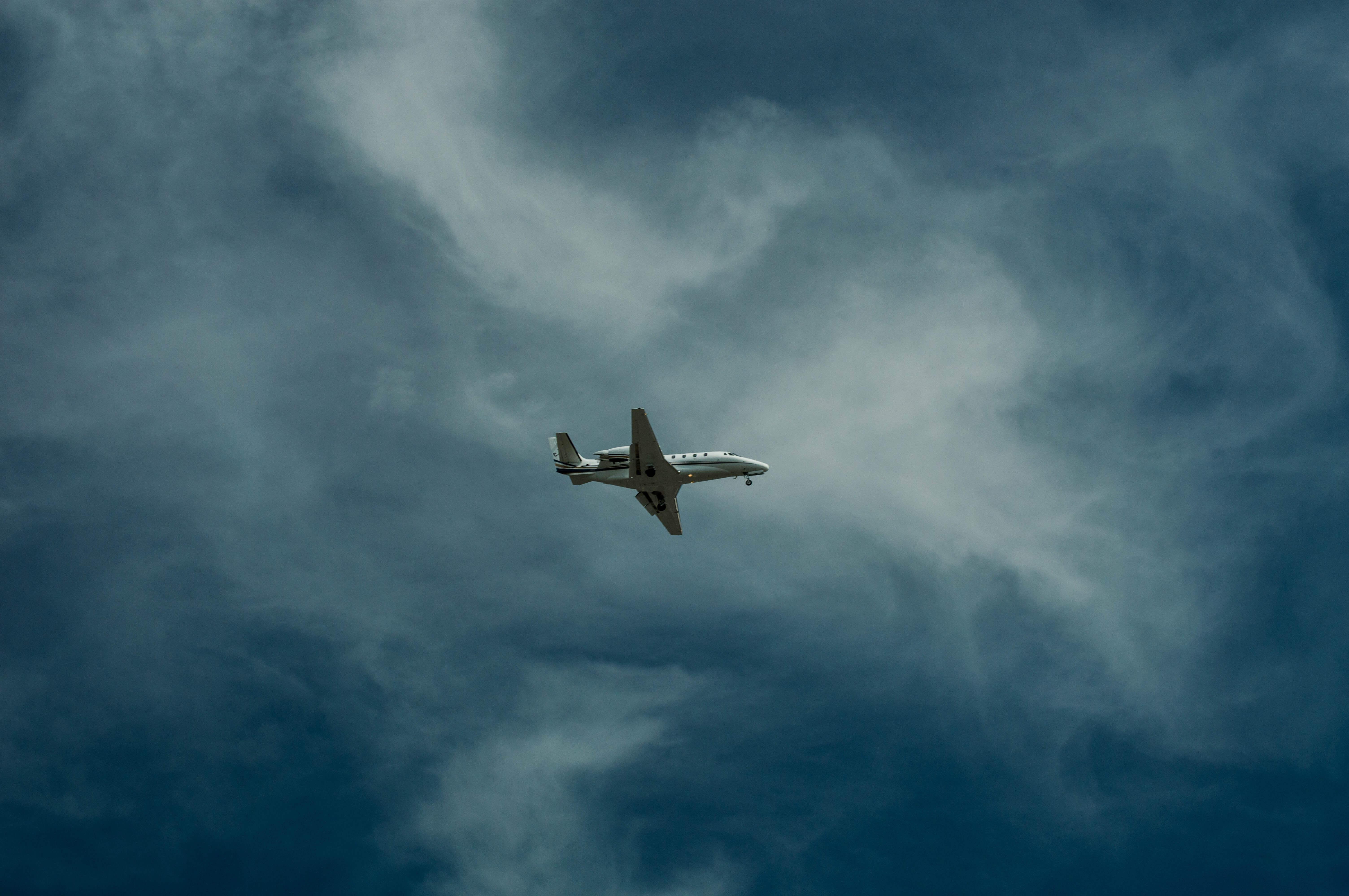 Prednosti avio i kontejnerskog prevoza robe